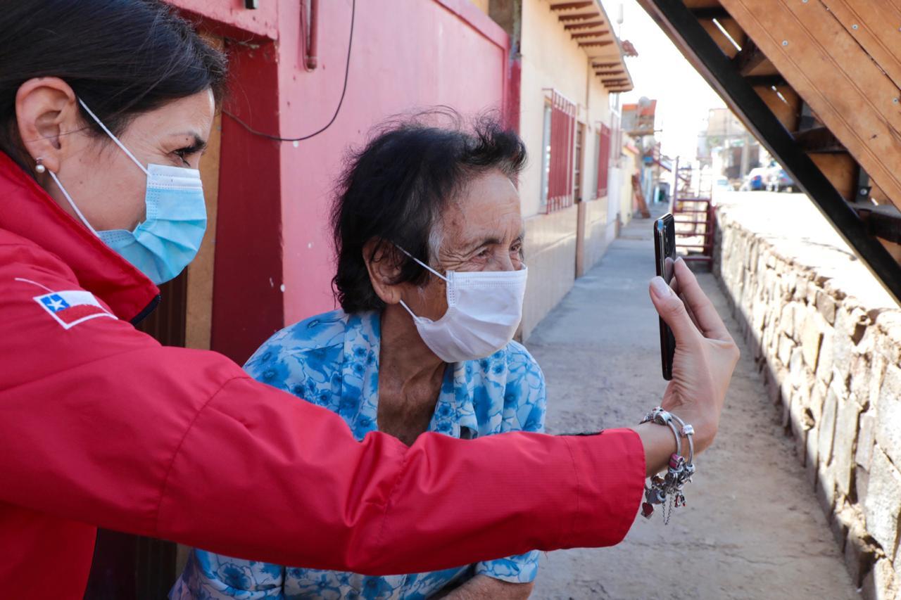 Emotivo contacto: Luego de años sin verla, familia chilena en Bolivia logró comunicarse con abuelita que vive en Antofagasta   El Diario de Antofagasta