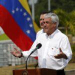 Presidente Piñera ofrece punto de prensa para hablar sobre si  visita a colombia.